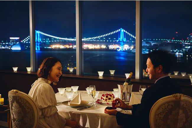 東京ベイサイトの夜景を独占するレストラン「マンハッタン」の個室でのディナープランも用意