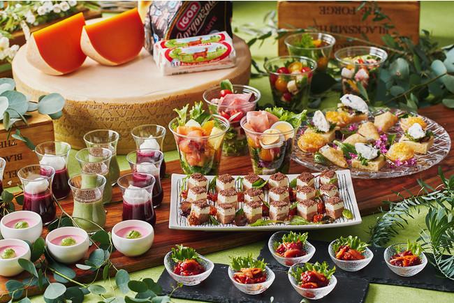 「ヤクルト」や「ジョア」を使ったサラダドレッシングなど 発酵食品メニューが並ぶ