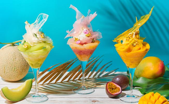 食べ進めるごとに味や食感の変化を楽しめるパフェ仕立てのかき氷