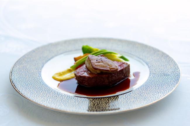 国産牛ロース肉とフォアグラのロッシーニ イメージ