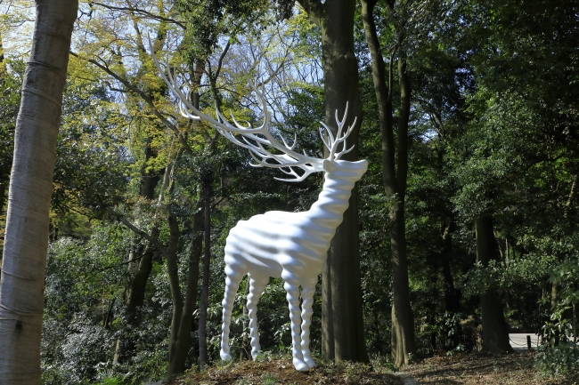 名和晃平《White Deer (Meiji Jingu)》2020