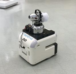 消毒液噴霧機を搭載したCL02