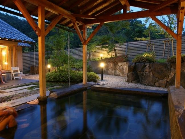 昨年廃業した「乙女の湯」が施設内温泉としてリニューアルしてオープン。美肌の湯として人気だった