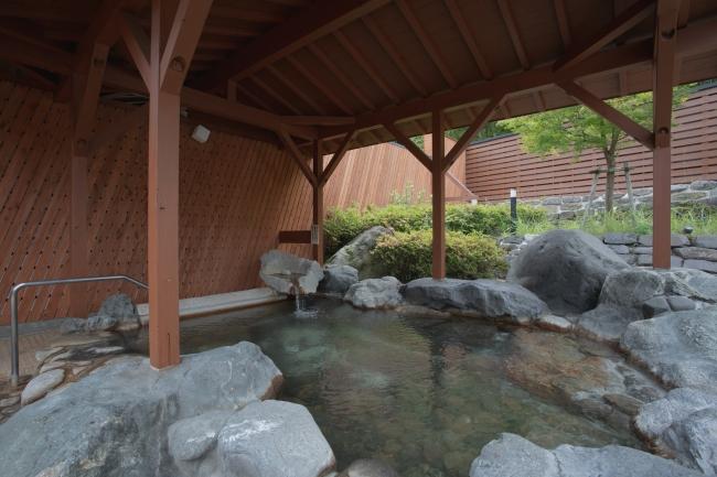 天然温泉「乙女の湯」は美肌の湯として観光客や市民から親しまれていた。復活を機にリニューアルした