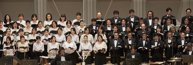 合唱 新国立劇場合唱団 (C)上野隆文