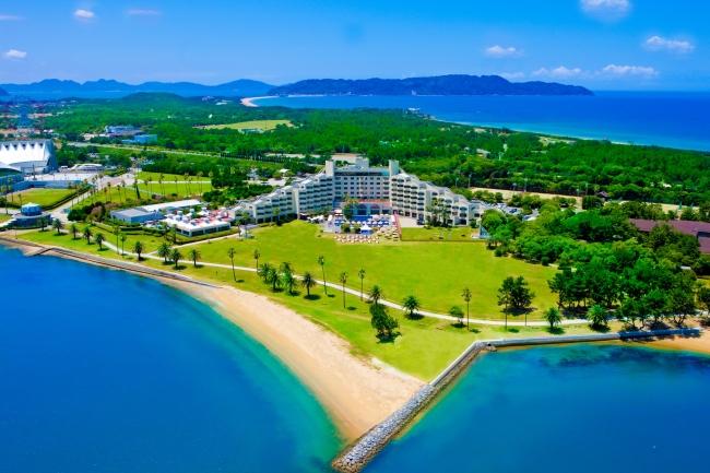 志賀島へと連なる半島沿い「海の中道」海浜公園のリゾートホテル、ザ・ルイガンズ.スパ & リゾート。全国18カ所の国営公園で、公園内に位置する唯一のホテルです。