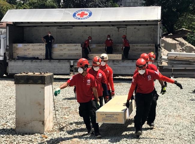 パートナーのフィリピン赤十字社も収容施設の感染症対策に貢献 (C)ICRC