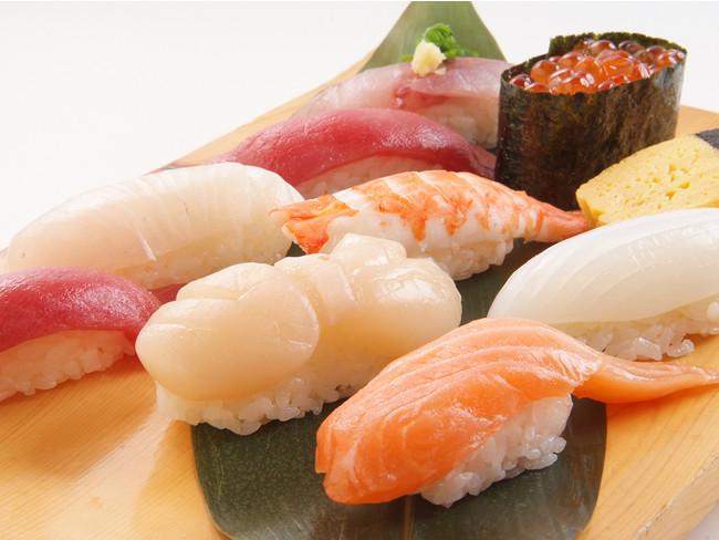 お寿司盛合わせ(一例)