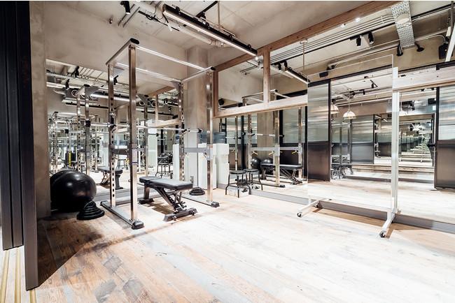新宿スタジオ工事中のため恵比寿スタジオの画像をご案内しています