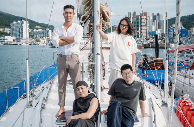 『ヨット遠征隊』