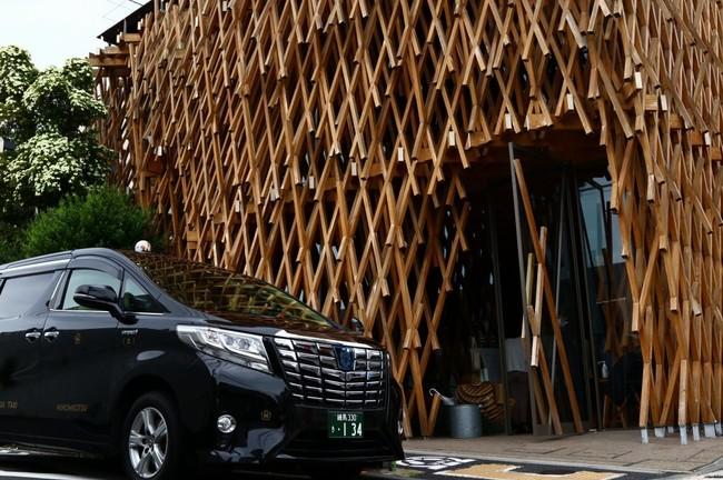 サニーヒルズ南青山とEDS観光タクシー(イメージ)