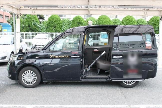 新型コロナ軽症患者移送専用車(飛沫循環抑制車両)が完成しました ...