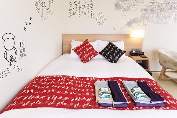 『はとピョンルーム』は2室あり、各部屋の壁紙も2パターンがある