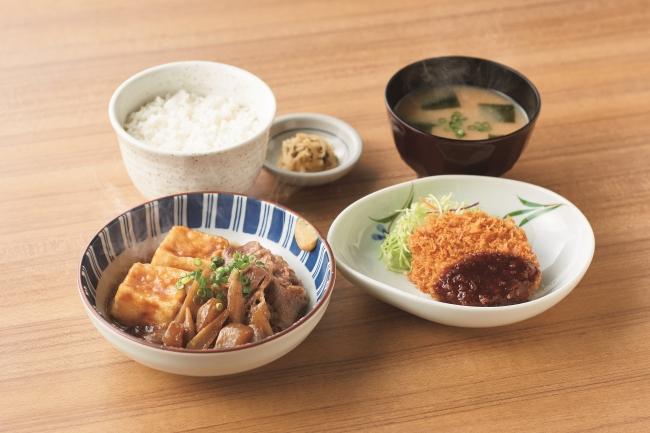 『肉豆腐とメンチカツの定食』860円(税込)