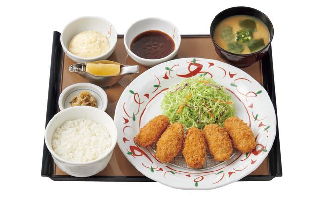 かきフライ定食 990円(税込)