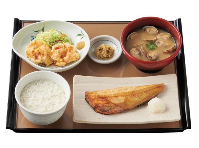 しまほっけと貝汁の定食 890円(税込)