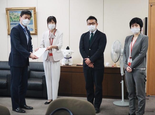 総 務 省 高原 剛局長 MFAJ 時枝穂、松中権理事、服部咲弁護士