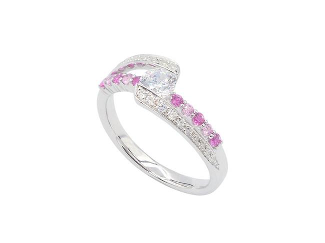 ¥253,000 (¥205,000~) ※同デザインで、オールダイヤモンドのタイプもございます。 ¥275,000(¥224,000~)