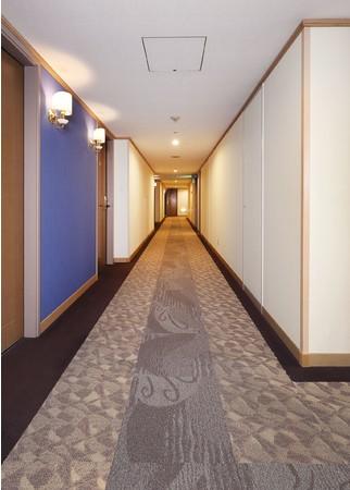 16F廊下 After