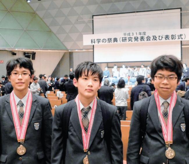 自分の興味を深堀りする「ラボラトリー」の時間を活用し、当時中学1年の生徒が「科学の甲子園」東京代表に選出