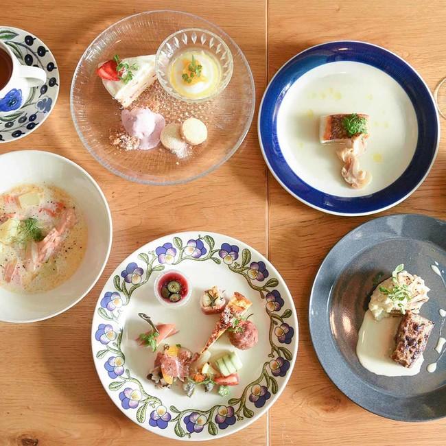 北欧の食材や器を使った創作コースも(1800円~3800円)