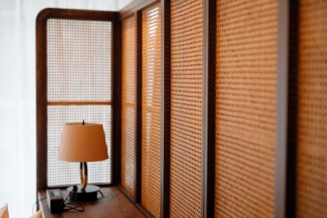 日本建築の要素を取り入れた客室