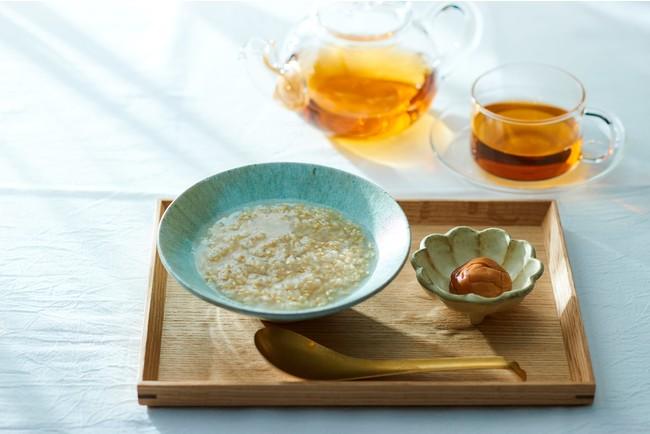 回復食の黄金玄米と梅干。シンプルで美味しい