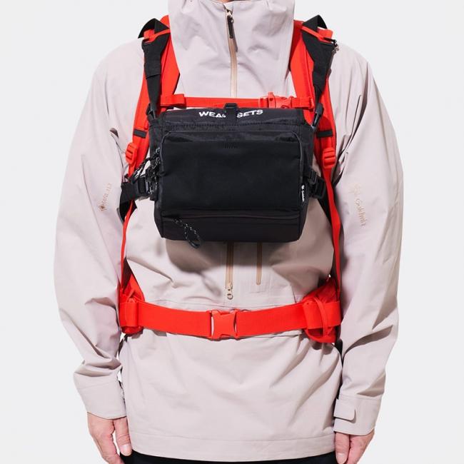バックパックへの装着も可能で重さを感じずストレスフリー。