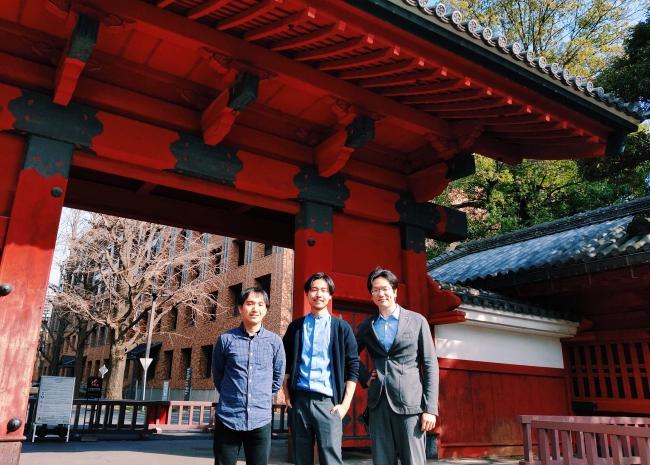 ファファーレCTO矢部氏(写真左)、ファンファーレ代表 近藤(写真中央)、東大IPCパートナー(投資・インキュベーション担当)水本尚宏氏(写真右)