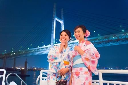 好きなゆかたを選んで着付けてもらったら横浜クルーズへ!