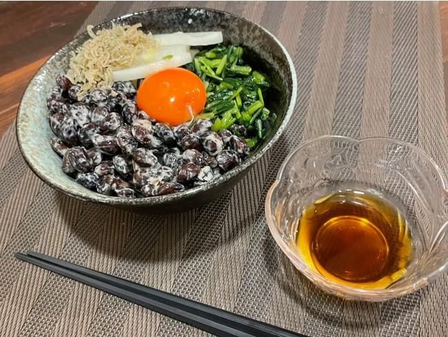 丹波黒豆納豆丼と特製だし(イメージ)