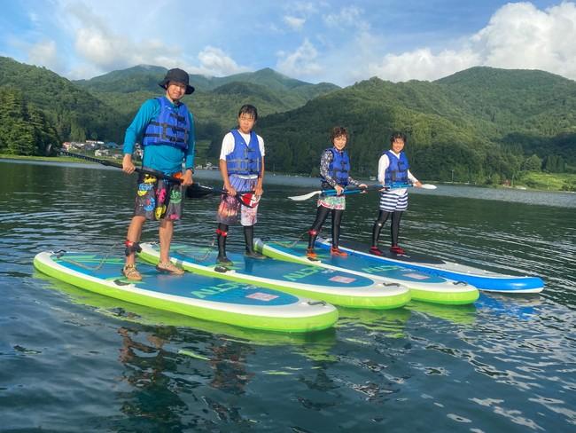車で約10分、野尻湖で楽しむ「SUP体験」