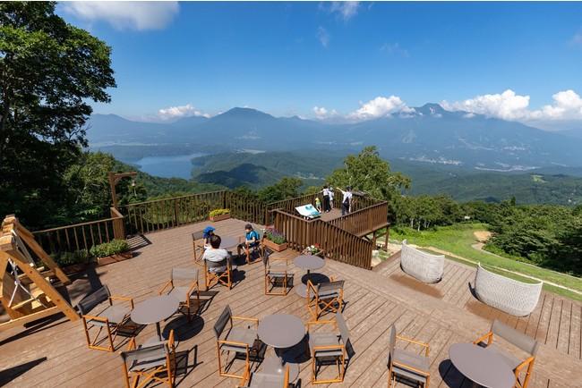 標高1,100mからの絶景が自慢の「野尻湖テラス」