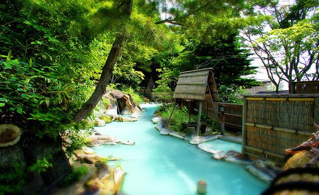 じゃらん温泉満足度2017日本一。誰もが満足の高湯温泉