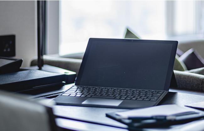 ホテルマンのおもてなし付きパソコン教室 (※写真はイメージ)