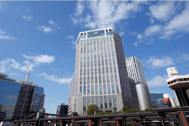 横浜駅西口から徒歩1分とアクセス抜群