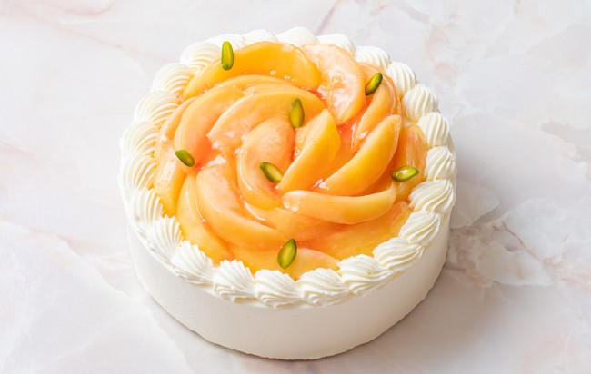 シリーズ第4弾は旬の桃がたっぷり!極上ピーチショートケーキ