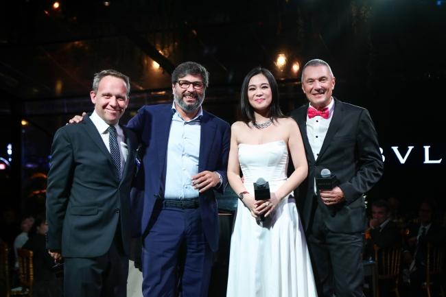 右から:ブルガリ グループCEO:ジャン-クリストフ・ババン、中国歌手マリア・ マ、ブルガリ グループ ウォッチ部門マネージング・ディレクター:グイド・テレーニ、ブルガリ チャイナ マネージング ディレクター コリア・ヌブー