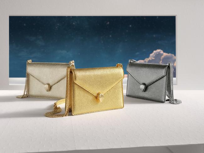 「2020 クリスマス カプセルコレクション」 左から ライトゴールド ゴールド チャコールダイヤモンド H19xW13.5xD6cm 355,000円(税抜)