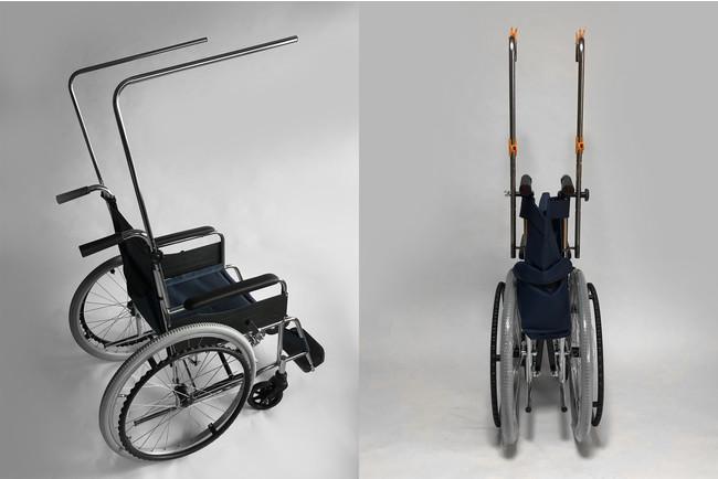 フレームを装着したまま車いすの折りたたみが可能