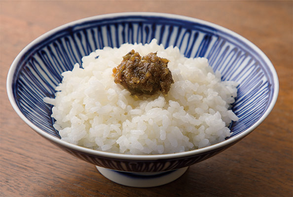 ご飯に ごぼうと紫蘇の南蛮味噌