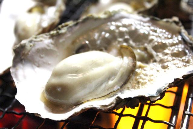 知る人ぞ知る那智勝浦の牡蠣。濃厚肉厚で絶品だ。