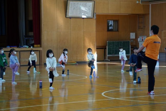放課後児童クラブにてサポート活動