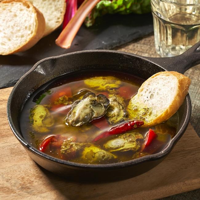 ひがた美人 牡蠣のアヒージョ 調理例