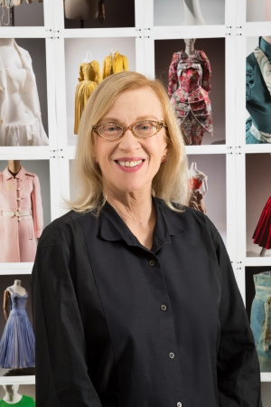 Dr. Valerie Steele  ヴァレリー・スティール氏(ニューヨーク州立ファッション工科大学ミュージアム(MFIT) ディレクター、チーフキュレーター)