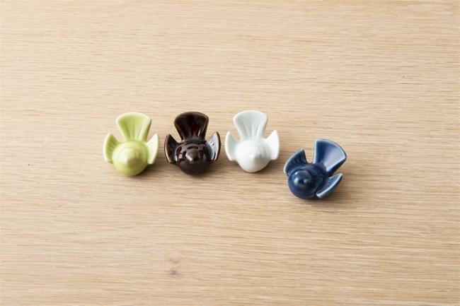 福良雀の箸置き 各¥500