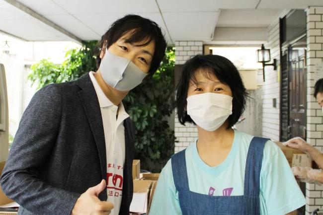 左:こども宅食応援団代表理事 駒崎/右:豊島子どもWAKUWAKUネットワーク 栗林知絵子