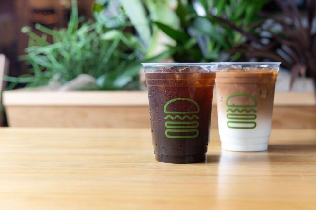 Shake Shack全店が4月1日(月)よりアイスコーヒー&アイスラテの販売をスタート!