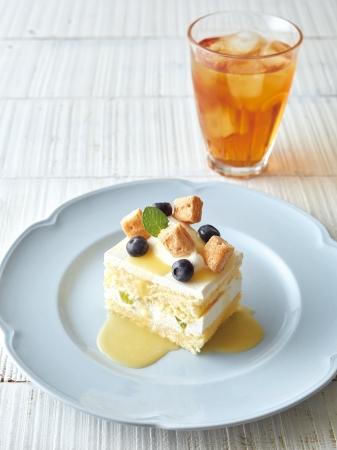 レモンとブルーベリーのショートケーキ+紅茶
