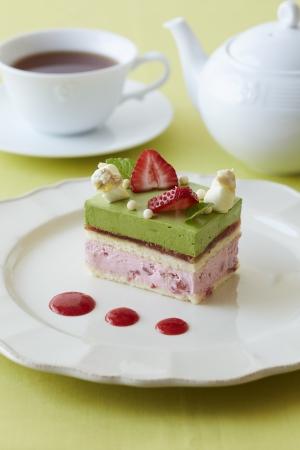 宇治抹茶と苺のショートケーキ